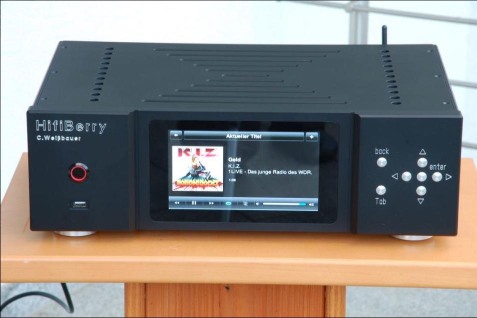 HifiBerry streamer in a classic audio case | HiFiBerry